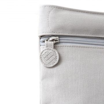 Bring Me!Bag Detail Shots in elephant grey.jpg 的副本