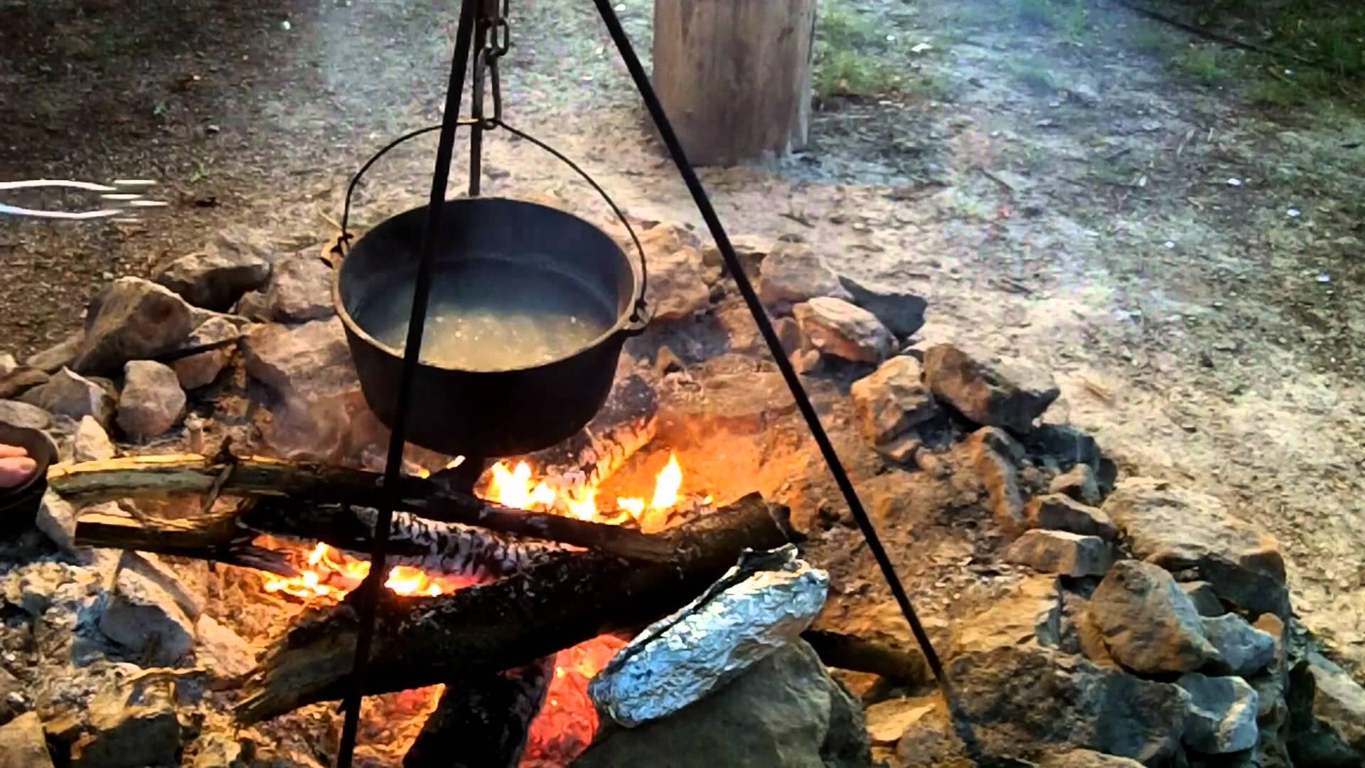 美國 CampMaid 8吋 無腳荷蘭鍋 / 鑄鐵鍋
