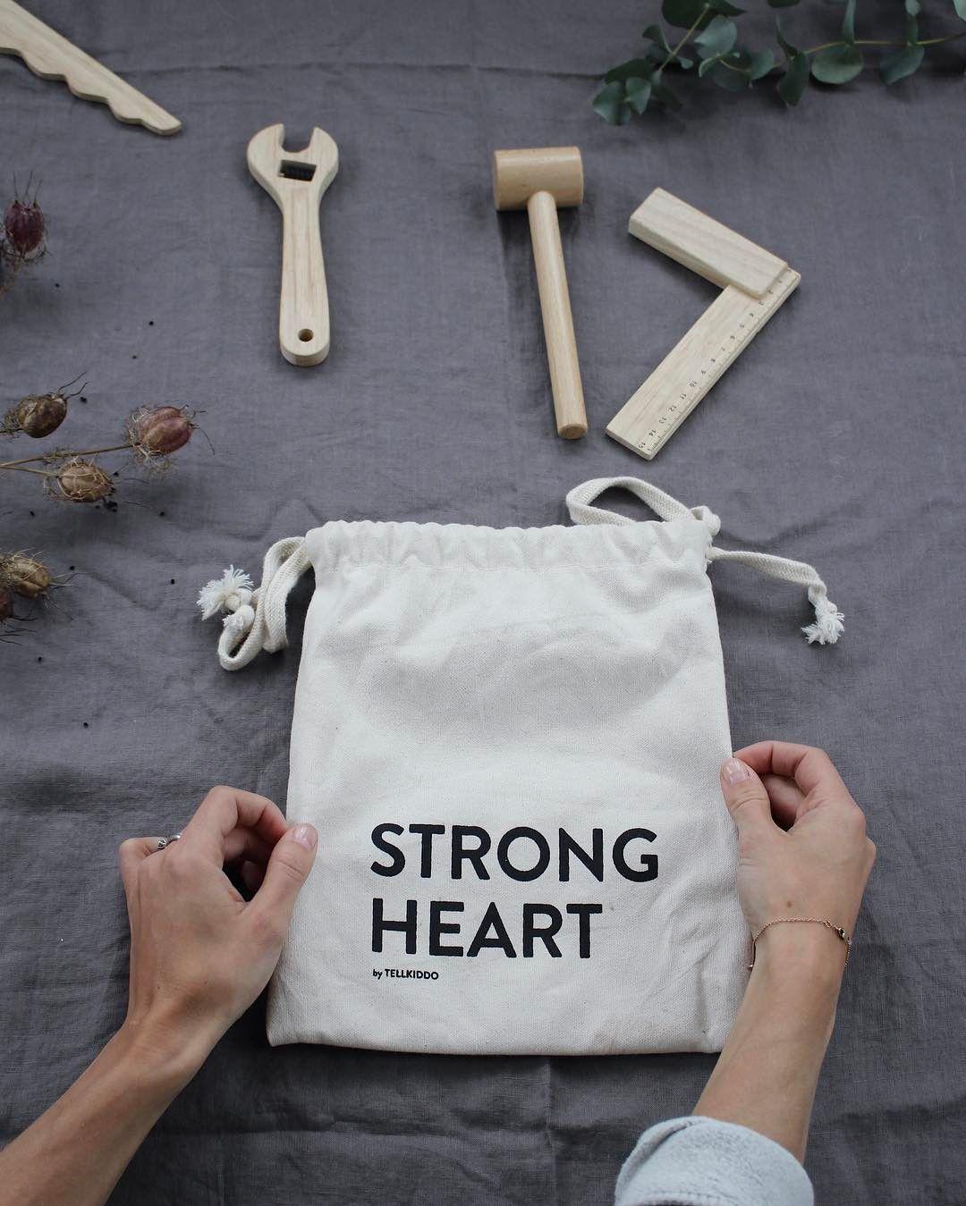 Tellkiddo 瑞典可愛圖案帆布收納袋 STRONG HEART 1