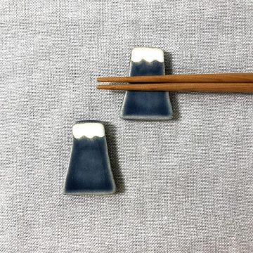 日本 美濃燒 手作富士山筷架 -藍