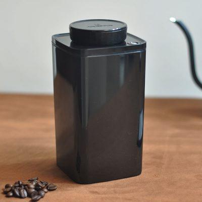 ANKOMN-Turn-N-Seal-真空保鮮盒(黑)-2