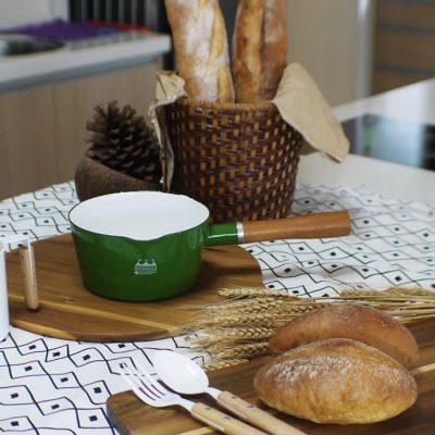 CB綠 牛奶鍋