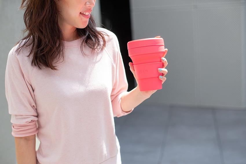 美國 Stojo 折疊伸縮杯 24oz 珊瑚紅 (紐約限定版) 泰坦杯 1