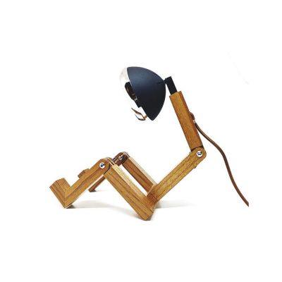 Soyee 梣木 MINI-LED 迷你機器人桌燈 (噴砂黑)