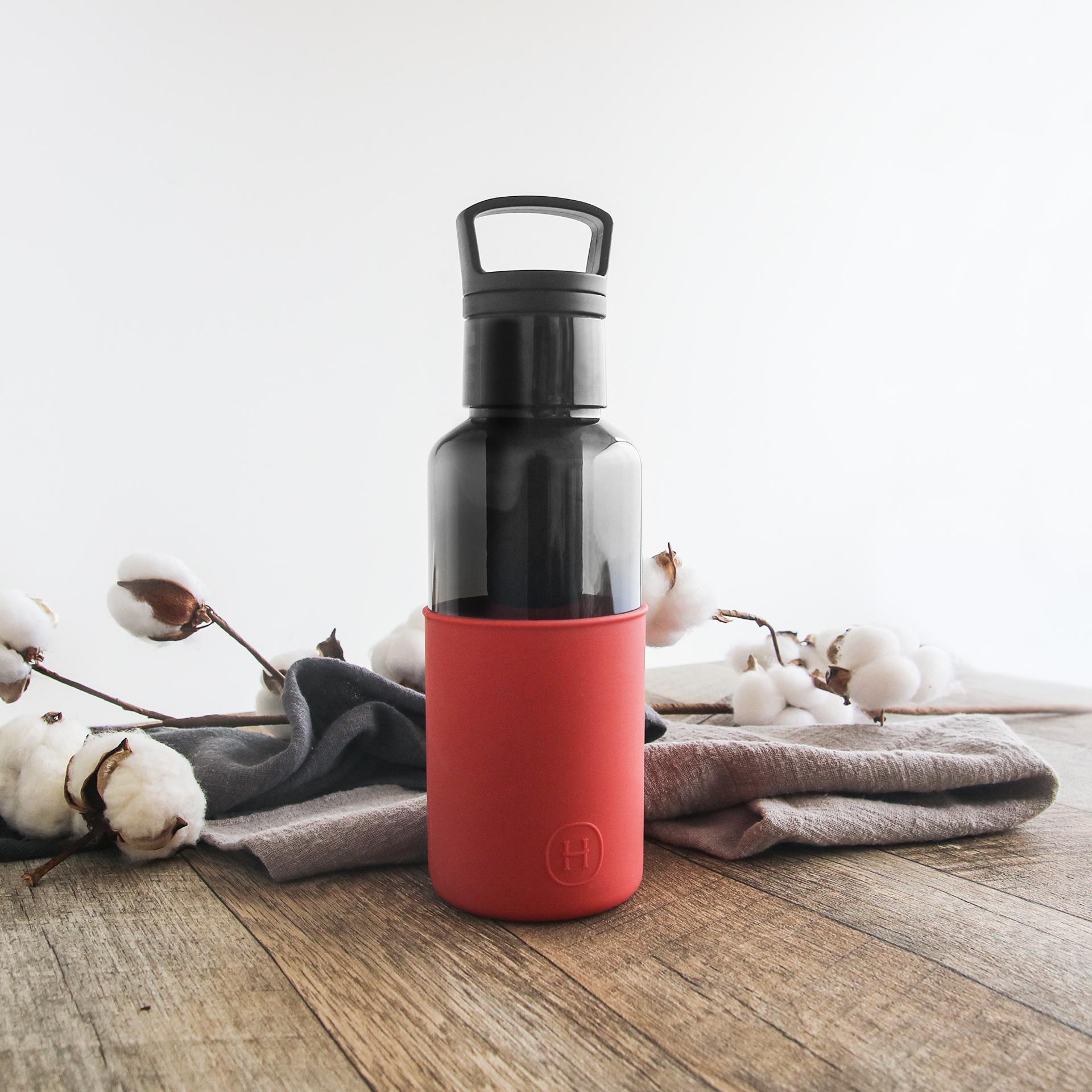 美國 HYDY 輕靚系列 透明冷水瓶 590ml 碳黑瓶 (帝國紅)